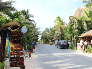 tulum beach road 2